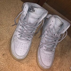 grey high top air force 1s